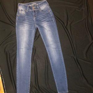 NEW wallflower jeans size 1